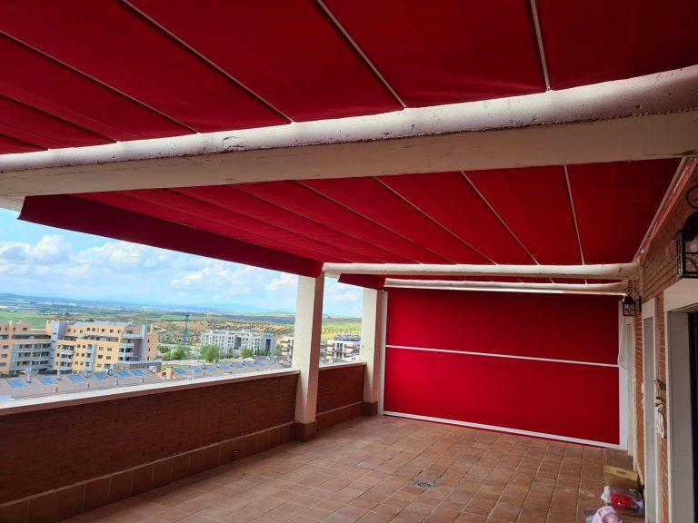 Toldos Guadalajara Pérgola entre paredes + toldo vertical con guías (2)